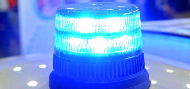Wie die Polizei mitteilt, wurde bei der Kollission zweier Schiffe im Satdtzentrum ein Mann lebensgefährlich verletzt. Foto: av