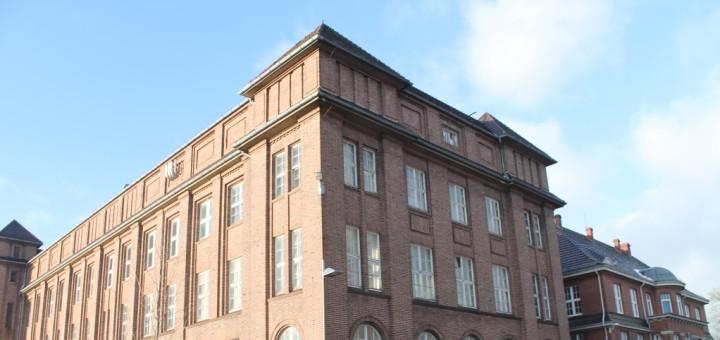 Das Gebäude auf dem ehemaligen BWK-Gelände in Bremen- Blumenthal steht bereits leer. Foto: Waalkes
