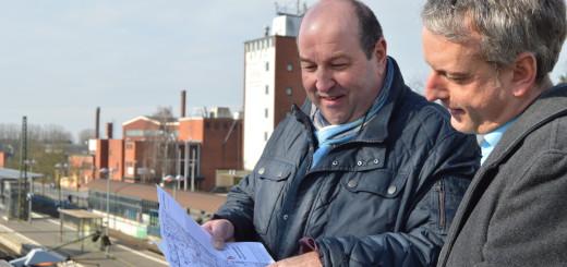 Pläne für die nördliche Innenstadt: Achims Bürgermeister Rainer Ditzfeld und Stadtplaner Frank Schlegelmilch