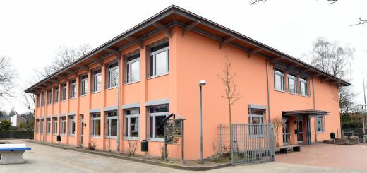 Wird bereits in diesem Jahr in den Ganztag gehen: Die Schule Uphuser Straße in Bremen-Osterholz
