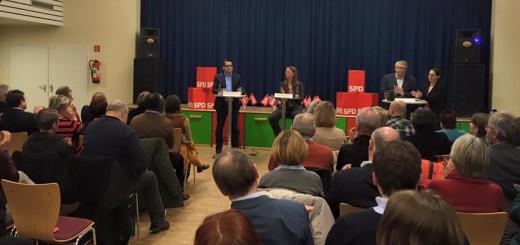 Die beiden Kandidaten für den SPD-Landesvorsitz bei der Vorstellungsrunde. Foto: SPD Land Bremen
