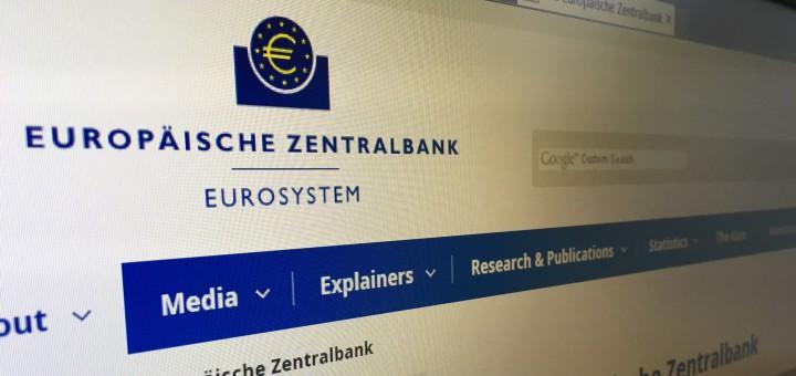 Seit der Absenkung des Leitzinses auf null Prozent zahlen Kreditinstitute bei der Europäischen Zentralbank einen Strafzins von 0,4 Prozent, wenn sie ihre Gelder dort parken. Foto: Bosse