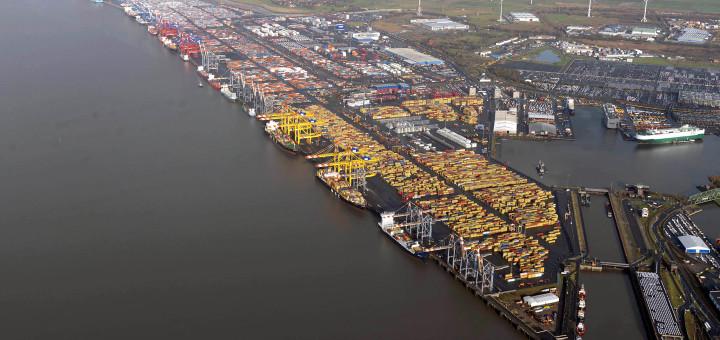 Überblick über den Hafen in Bremerhaven