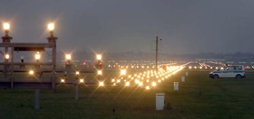 Vom Bremer Flughafen kann man in die Sonne fliegen. Foto: WR