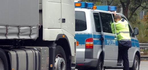 Für das Stadtgebiet Delmenhorst hat die Polizei im Jahr 2015 1.415 Unfälle registriert. Symbolfoto: Konczak