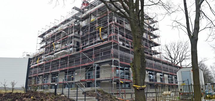 Die Bauarbeiten für das neue Quartierszentrum laufen auf Hochtouren.