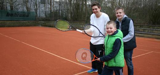Spaß am Spiel: David Schulz (v.l.), Lukas und Jonah Gabel