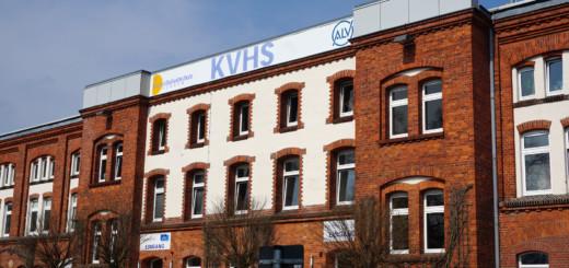 So enge Verzahnungen wie vor Ort bei der Arbeit im Landkreis Verden und der Kreisvolkshochschule als Bildungsträger gibt es zwischen Bund, Ländern und Kommunen mit Blick auf Deutschkurse nicht