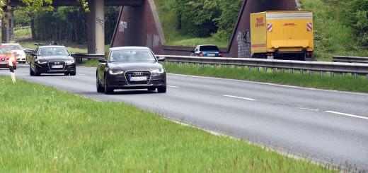 Hier fließt der Verkehr. Die Bundeststraße B 439 über Heiligenrode wird hingegen bis Mitte Mai komplett gesperrt sein. Buslinien müssen umgeleitet werden.