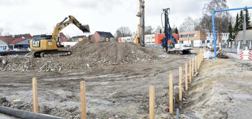 Die Baustelle an der Hemmstraße soll bis Ende des Jahres fertig sein. Foto: Schlie
