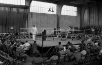 Im April 1961 ist die Delme-Halle Austragungsort einer großen Boxveranstaltung. Foto: Stadtarchiv Delmenhorst