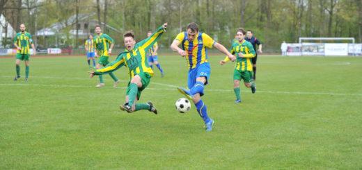 Kaum noch aufzuhalten: Die Kicker des SV Atlas stürmen Richtung Landesliga.