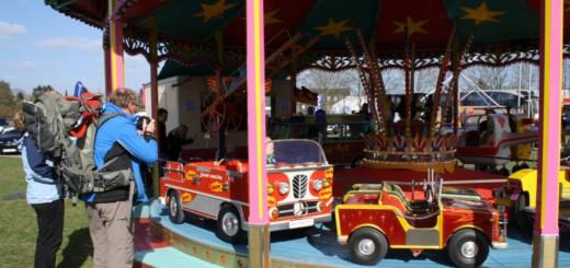 Historisches Kinderkarussell auf der Messe. Foto: Mewe