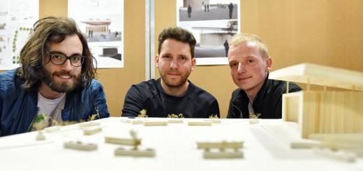 Drei Studenten der Hochschule haben einen preiswürdigen Entwurf für eine Bühne auf dem Lucie-Flechtmann-Platz vorgelegt. Foto: Schlie