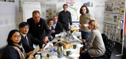 Bremer Quartiersmanger und japanische Forscher Foto: pv