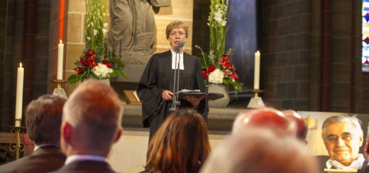 Gedenkfeier für Hans Koschnick im Dom. Foto: Meister