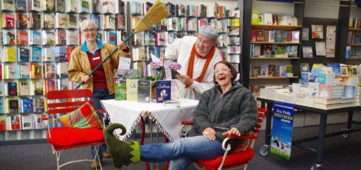 Sabine Jünemann, Johannes Mitternacht und Anne Pophanken (von links) freuen sich auf die Shakespeare-Rundgänge durch die Graft. Foto: gri
