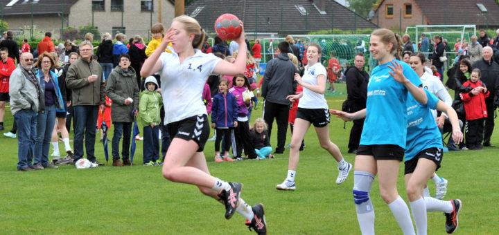 Szenenbild Handball Pfingstturnier