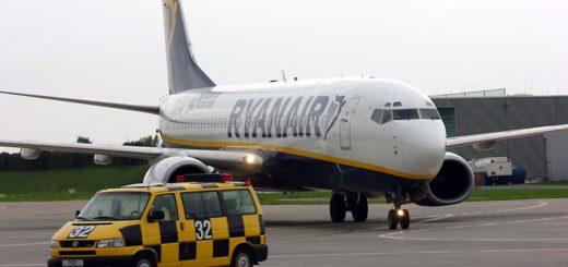 Ryanair-Flieger auf dem Vorfeld in Bremen. Foto: WR