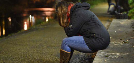 Traurigkeit, Einsam, Alleine, Foto: Schlie