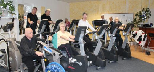 Der alte Fitness- und Kraftraum des TuS Huchting wurde erst vor kurzem mit neuen Reha-Geräten ausgestattet. Wenn es eine Baugenehmigung gibt, könnten die demnächst in den Neubau umziehen. Fitnessraum Cardio