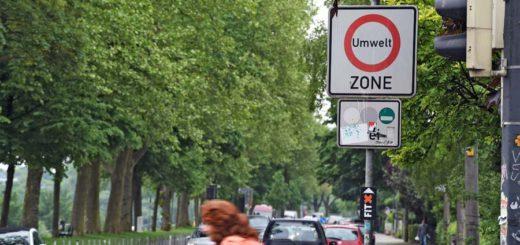 Schild der Umweltzone am Osterdeich. Foto: Schlie