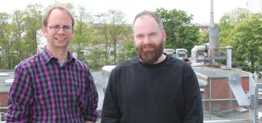 Raumplaner Oliver Hasemann (l.) und Daniel Schnier, Diplom-Ingenieur der Architektur (r.) wollen die Zwischenzeitzentrale weiter für die Stadt umsetzen. Foto: sn