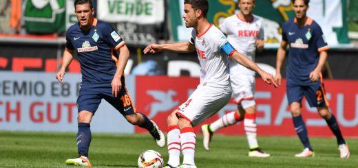 In der zweiten Hälfte liefen die Bremer ihren Kölner Gegenspielern oft hinterher. Hier kommt Zlatko Junuzovic (l.) gegen Jonas Hektor zu spät. Foto: Nordphoto