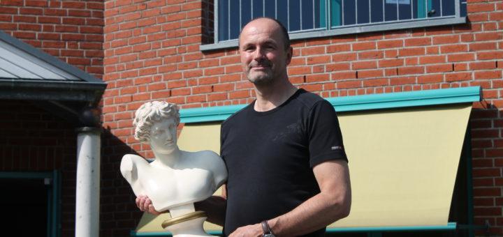 """Will das Publikum im Hamme Forum """"für die Musik begeistern"""": Ivo Berkenbusch präsentiert am 6. August die """"Italienische Nacht"""". Foto: Waalkes"""