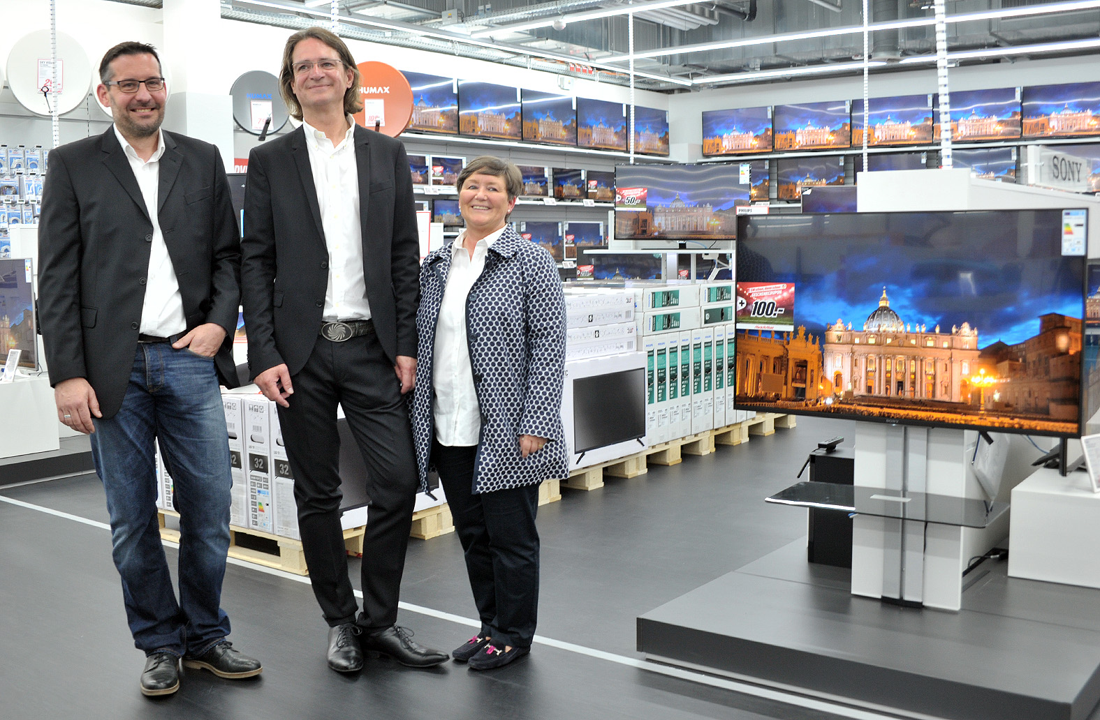 media markt in delmenhorst er ffnet am donnerstag. Black Bedroom Furniture Sets. Home Design Ideas