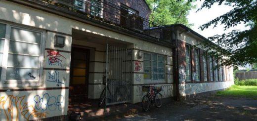 Die Turnhalle an der Ludwig-Jahn-Straße in Bremen-Vegesack muss dringend saniert werden. Foto: pv