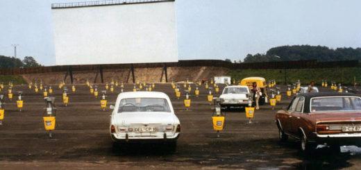 Das großflächige Areal des Autokinos wurde auch für Gebrauchtwagenmärkte und sonstige Veranstaltungen genutzt. Foto: Stadtarchiv Delmenhorst