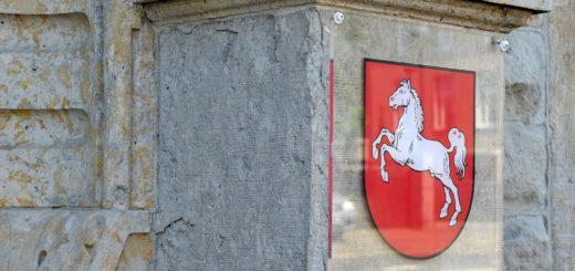 Die Staatsanwaltschaft Oldenburg hat Anklage wegen mutmaßlicher Tötung gegen zwei Delmenhorster bei der Jugendstrafkammer erhoben. Foto: Konczak