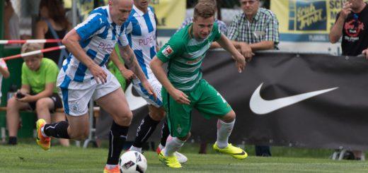Johannes Eggestein im Testspiel gegen Huddersfield Town