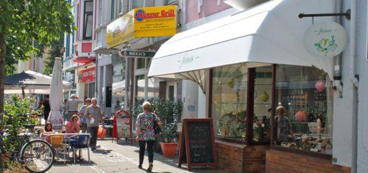 Viele Geschäfte an der Pappelstraße sind inhabergeführt – uns bestehen zum Teil seit vielen Jahren.Fotos: Niemann