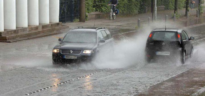 Regen in Bremen: Am Abend soll es Gewitter geben. Foto: WR