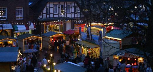 Von Freitag, 2., bis Sonntag, 4. Dezember, erwartet die Osterholz-Scharmbecker wieder eine gemütliche Budenlandschaft rund um die Kaiser-Wilhelm-Eiche. Foto: red