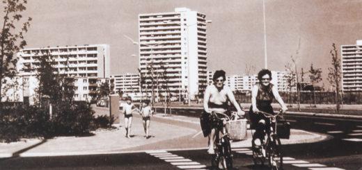 Das Buch widmet sich 50 Jahre Geschichte des Ortsteils Blockdiek. Foto: Schlie