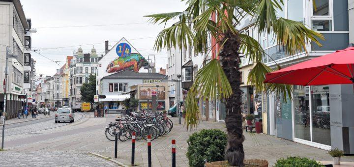 """Am Theater am Goetheplatz beginnt der Weg durch das """"Viertel"""". Foto: Schlie"""