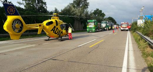 Auf der A1 am Dreieck Stuhr ist es am Montagmorgen zu einem Auffahrunfall mit drei beteiligten Lkw gekommen. Foto: Feuerwehr Groß Mackenstedt