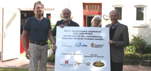 Erfreut über die bevorstehende vierte Ausgabe des Jazzfestivals: Intendant Klaus Fey, Rolf Schütze vom Freundeskreis, Organisatorin Dr. Wiebke Steinmetz und Sponsor Detlev Diepenbrock. Foto: nba