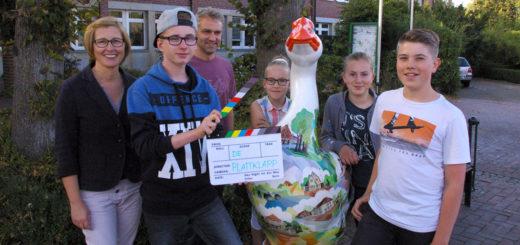 Schülerinnen und Schüler von vier Ganderkeseer Schulen arbeiten derzeit an einem plattdeutschen Filmprojekt - der PlattKlapp. Foto: Harm