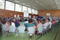 Anfangs war die Halle noch gut besetzt, das Interesse an der Flüchtlingsunterkunft für jugendliche Flüchtlinge im Landgraf groß.