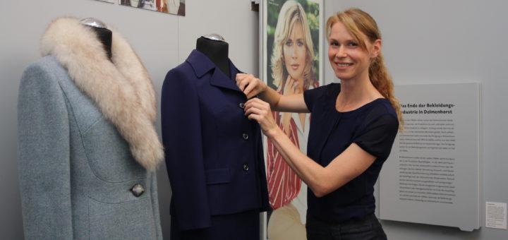 Kuratorin Barbara Würnstl hatte die Aufgabe, die Ausstellung von 230 auf acht Quadratmeter zu bringen.Foto: nba