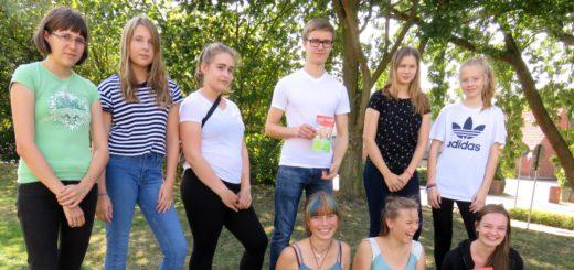 """Schüler der KGS Leeste wirken bei dem Rotary-Projekt """"Sprache verbindet"""" als Lern-Scouts mit.Foto:pv"""
