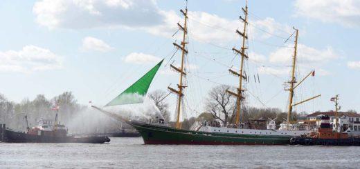 Die Alexander von Humboldt kommt im Oktober an die Schlachte, als Hotel, Restaurant und Bar. Foto: Schlie