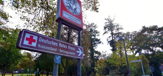 """""""Hude ist ohne die Rettungswache unvorstellbar"""", sagt Bürgermeister Holger Lebedinzew. Der Standort in der Klostergemeinde soll erhalten bleiben. Foto: Konczak"""