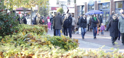 """Stöbern, Einkäufe erledigen, die Aktionen der Vereine und des Handels kennenlernen und zwischendurch ein wenig Klönschnack – am 6. November ist wieder """"GanterTach!"""" Foto: Eckert"""