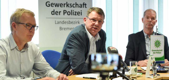 Die Polizeigewerkschaft der Polizei kritisiert die Politik für zu wenig Personal und unterstützt die Forderung der Revierleiter. Foto: Schlie