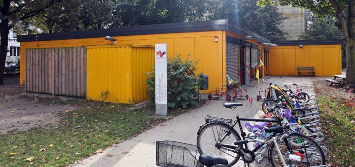Wie hier am Klinikum Mitte könnten künftig Kitas auch in Containern untergebracht werden. Foto: Schlie